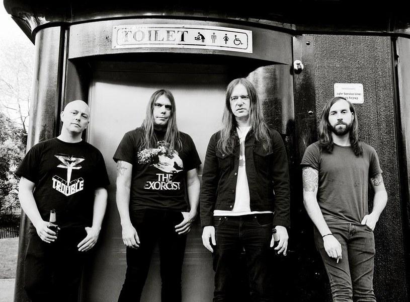 Powstały w Anglii, międzynarodowy projekt Septic Tank wyda w kwietniu debiutancki album.