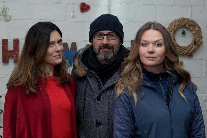 Werner (Jacek Kopczyński) wciąż nie będzie potrafił zdecydować się na wybór: Anna (Tamara Arciuch) czy Teresa (Joanna Sydor). Komentarz, że żadnej z nich nie kocha, da mu do myślenia...