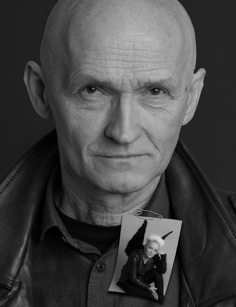 W środę (21 marca) w szpitalu w Poznaniu zmarł Piotr Niewiarowski, menedżer Małgorzaty Ostrowskiej od początku jej kariery. Przez 10 lat opiekował się także zespołem Lombard, gdy jego wokalistką była właśnie Ostrowska.