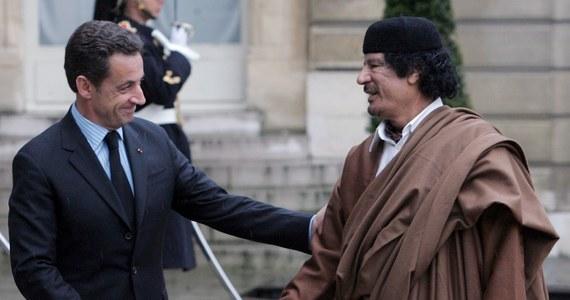 """""""Wpadłem w pułapkę zastawioną przez Kaddafiego!"""". Tak broni się były prezydent Francji Nicolas Sarkozy - postawiony w stan oskarżenia w związku z aferą domniemanego nielegalnego finansowania jego zwycięskiej kampanii wyborczej sprzed 11 lat przez ówczesnego libijskiego dyktatora Muammara Kaddafiego."""
