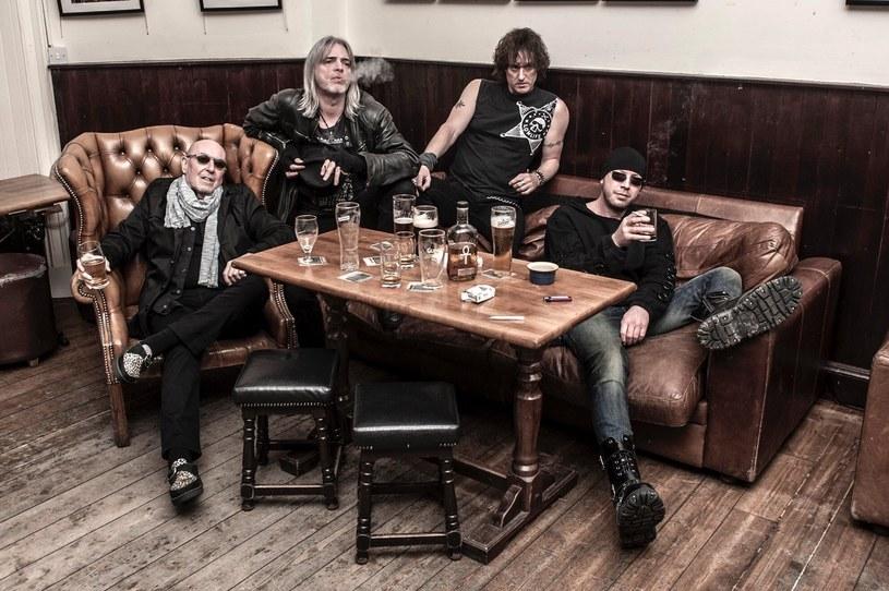 """Na początku kwietnia na trzy koncerty do Polski przyjedzie szkocka grupa Nazareth, pamiętana z przebojów """"Love Hurts"""" czy """"Dream On"""", która właśnie świętuje 50-lecie."""