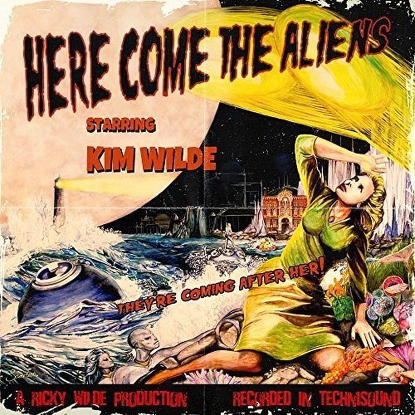 Jeśli genezą płyty jest pojawienie się tajemniczych gości z kosmosu w ogródku z tyłu domu i nie jest to płyta Misfits, to wiedzcie, że coś się dzieje.
