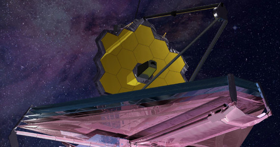 Ciąg dalszy kłopotów misji następcy teleskopu Hubble'a. Władze NASA poinformowały właśnie, że teleskop kosmiczny Jamesa Webba poleci na orbitę jeszcze później, niż planowano. Po serii opóźnień trapiących kosztowny projekt misja miała rozpocząć się w październiku tego roku. Termin ten przesunięto najpierw na lipiec 2019, a dziś poinformowano, że misja zacznie się nie wcześniej niż w maju roku 2020. Oficjalny komunikat głosi, że ekipy techniczne potrzebują więcej czasu na złożenie i testy części teleskopu. Decyzja NASA oznacza opóźnienie niecierpliwie wyczekiwanych badań naukowych i podniesienie kosztów całej misji o setki milionów dolarów.