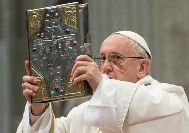 Papież do księży: Nie czyńcie bożków z abstrakcyjnych prawd