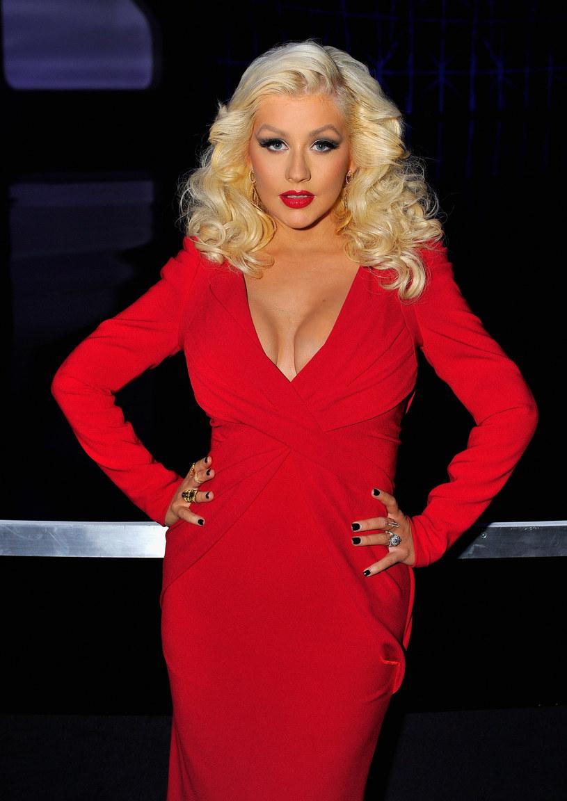 """Kilka dni temu Christina Aguilera wywołała poruszenie, pozując bez makijażu do zdjęcia na okładkę magazynu """"Paper"""". Które inne gwiazdy muzyki odważyły się pokazać swoją twarz w wersji saute?"""