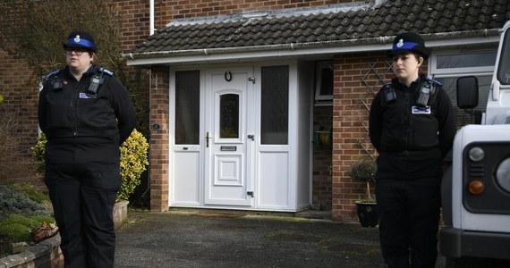Brytyjskie MSZ podało w sobotę, że analizuje wniosek ze strony Moskwy o umożliwienie dostępu konsularnego do przebywającej w szpitalu w Wielkiej Brytanii Julii Skripal. Stan córki byłego rosyjskiego szpiega Siergieja Skripala poprawia się.