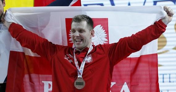 Kinga Kaczmarczyk (MAKS Tytan Oława) i Łukasz Grela (Budowlani Opole) wywalczyli brązowe medale mistrzostw Europy w podnoszeniu ciężarów w Bukareszcie.