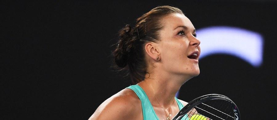 Agnieszka Radwańska awansowała z 32. na 30. pozycję w rankingu tenisistek. W zakończonym w sobotę turnieju WTA w Miami Polka pokonała liderkę zestawienia Rumunkę Simonę Halep, która zachowała prowadzenie na światowej liście.