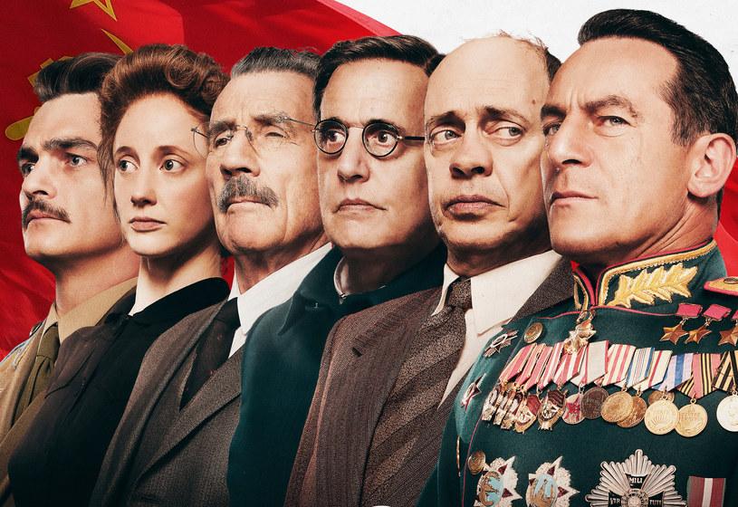 """Międzynarodowa krytyka uznała go za arcydzieło i film roku, Ministerstwo Kultury w Rosji zakazało projekcji w całym kraju - a jak odbierze go polska publiczność? O tym przekonamy się już 27 kwietnia, kiedy niepoprawna politycznie produkcja """"Śmierć Stalina"""" wejdzie na ekrany naszych kin."""