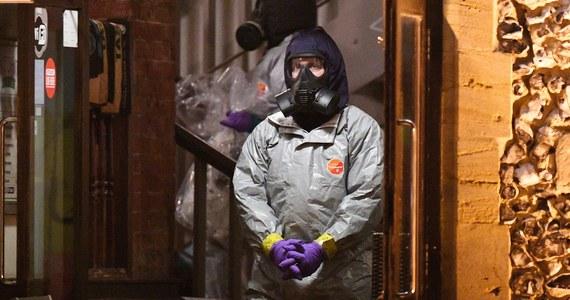 Brytyjskie media spekulowały na temat próby otrucia Siergieja Skripala. Według jednej z teorii osoba odpowiedzialna za przywiezienie użytej w ataku trucizny do Wielkiej Brytanii mogła przylecieć do Londynu tym samym samolotem, co córka Skripala, Julia.