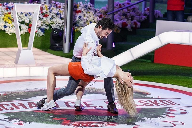 """W sobotnim odcinku """"Kocham Cię, Polsko!"""" zobaczymy prawdziwie międzynarodowe towarzystwo. Kto pojawi się 7 kwietnia w programie TVP2?"""