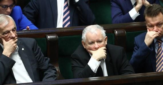 Pierwszy sondaż po śmierci Pawła Adamowicza. PiS traci poparcie