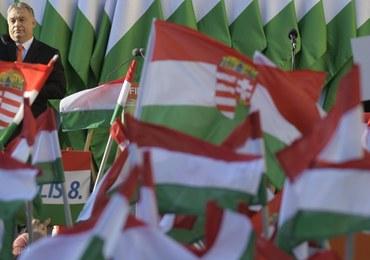 Węgrzy wybierają parlament