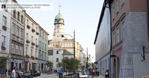 Kraków przygotowuje się do wielkiej inwestycji - całkowicie przebudowana ma zostać ulica Krakowska, jedna z głównych ulic w centrum miasta. Właściciele lokali usługowych oraz mieszkańcy ze strachem patrzą na to, co czeka ich już w czerwcu. Właśnie wtedy ma ruszyć remont. Przedsiębiorcy obawiają się, że prace robotników negatywnie odbiją się na ruchu w interesie.