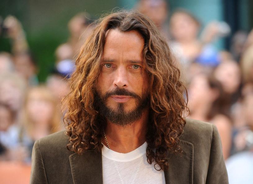 """Twórcy serii """"Autopsy: The Last Hours of…"""": w nowym sezonie przybliżą szczegóły śmierci lidera Soundgarden i Audioslave, Chrisa Cornella. Wokalista zmarł w maju 2017 roku."""