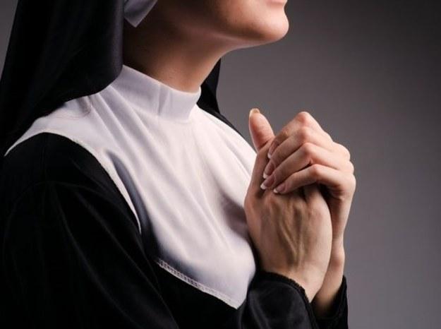 Upokorzona zakonnica przerwała milczenie