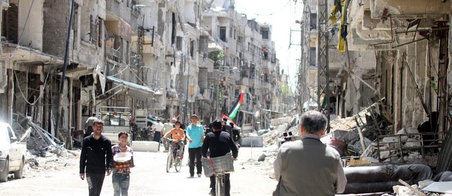 """Światowa Organizacja Zdrowia (WHO) potępiła w środę domniemany atak chemiczny na szpital w mieście Duma we Wschodniej Gucie koło Damaszku. Poinformowano, że ok. 500 pacjentów szpitala ma """"objawy, jakie powoduje ekspozycja na toksyczne substancje chemiczne""""."""