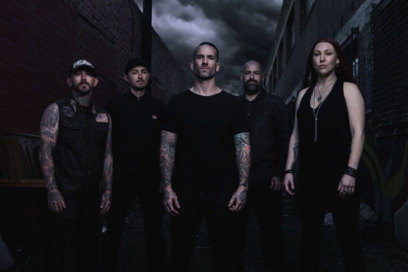 Po czteroletniej przerwie nową płytą przypomni o sobie kalifornijska grupa Bleeding Through.