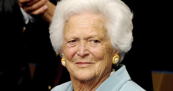 Stan zdrowia Barbary Bush, małżonki byłego prezydenta USA George'a Busha, pogorszył się na tyle, że poprosiła, by wysiłki lekarzy skupiły się na tym, by nie odczuwała bólu. Rzecznik rodziny Jim McGrath poinformował, że 92-letnia Barbara Bush podjęła taką decyzję po serii niedawnych hospitalizacji oraz po skonsultowaniu się z bliskimi i lekarzami.