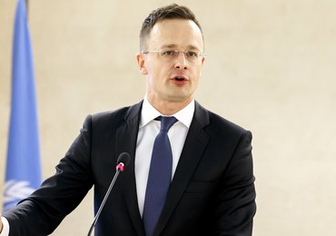 Szef węgierskiego MSZ: Soros i Timmermans nie akceptują wyników wyborów