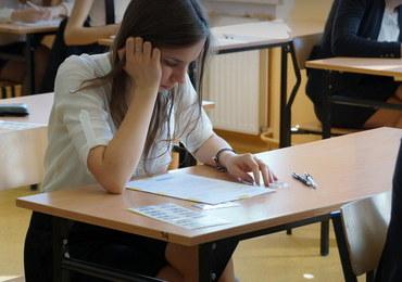 Egzamin gimnazjalny: W środę część humanistyczna. Będziemy mieli arkusze i rozwiązania