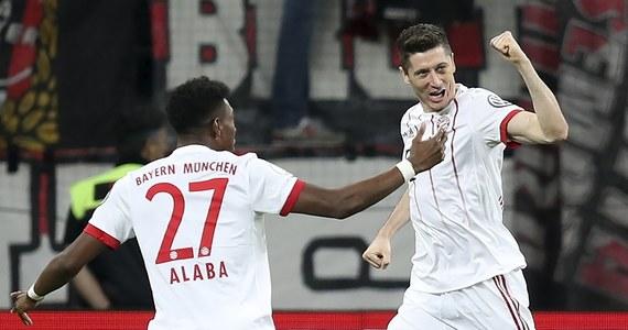 Piłkarze Bayernu Monachium rozgromili na wyjeździe Bayer Leverkusen 6:2 i awansowali do finału Pucharu Niemiec. Dwukrotnie na listę strzelców wpisał się Robert Lewandowski! W środę w drugiej parze półfinałowej zmierzą się Schalke 04 Gelsenkirchen i Eintracht Frankfurt.