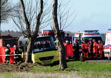 Dwoje uczniów nie żyje, kilkanaście osób rannych. Zarzuty ws. wypadku w Słowinie