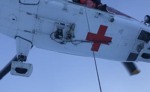 Nietypowy wypadek w słowackich Tatrach. 22-letni Słowak wspiął się na Łomnicką Kazalnicę, by zrobić sobie zdjęcie. Mężczyzna zaliczył 15-metrowy upadek.