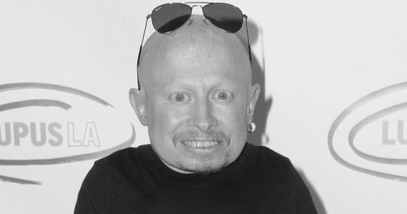 Nie żyje Verne Troyer, aktor znany m.in. z roli Mini-Me z filmów o Austinie Powersie. Miał 49 lat.