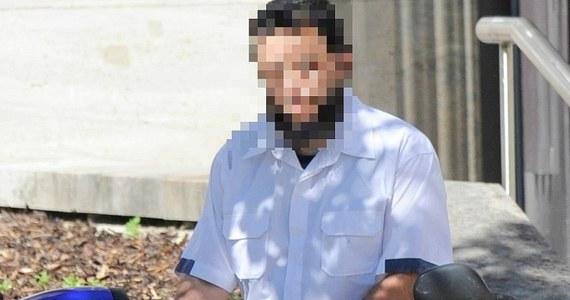 Pochodzący z Tunezji mężczyzna, który w przeszłości był ochroniarzem Osamy bin Ladena od 1997 roku mieszka w Niemczech. Żyje z zasiłku socjalnego. Miesięcznie pobiera 1167 euro. Niemieckie media piszą o nim Sami A. Tunezyjczyk zaprzecza, że ma powiązania z dżihadystami i utrzymuje, że po deportacji do Tunezji trafiłby na tortury.