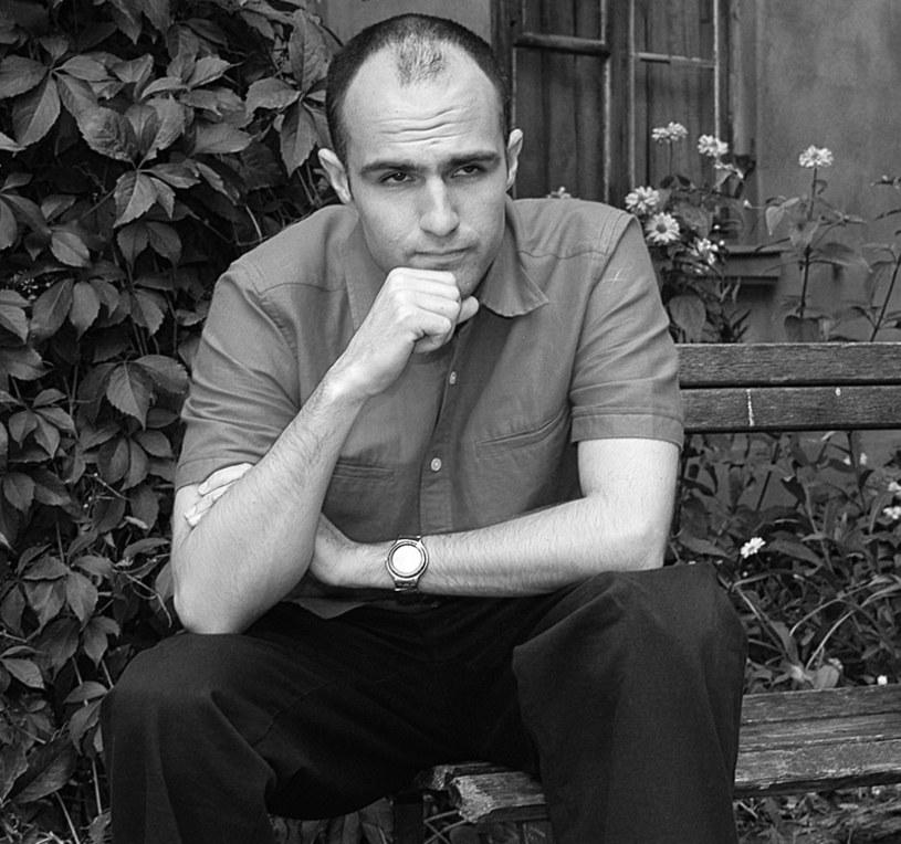 """Zmarł Jeff Butcher, znany polskiej publiczności był przede wszystkim z roli w popularnym serialu """"Ranczo"""". Pochodzący z Kanady aktor na angielski przetłumaczył między innymi ścieżkę dźwiękową filmu Wojciecha Smarzowskiego """"Dom zły"""". Miał 42 lata."""