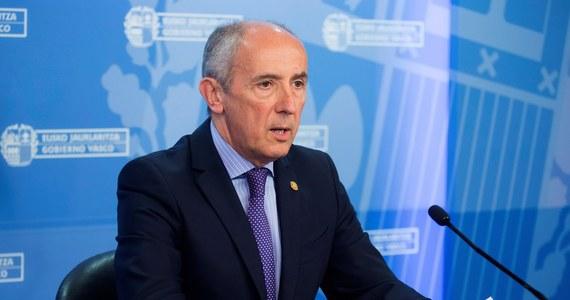 """Baskijska organizacja terrorystyczna ETA przekazała w środę francuskiej policji dwie skrzynie z bronią palną. Ten gest """"dobrej woli"""" ma być, według separatystycznych bojówkarzy, wstępem do samorozwiązania struktur ETA."""