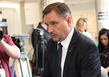 """Piotr Duda spotkał się z protestującymi w Sejmie. """"Poprosiliśmy, żeby stał się mediatorem"""""""