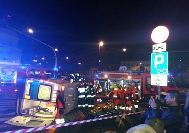 Warszawa: Poważny wypadek z udziałem karetki