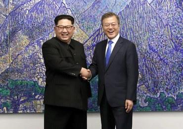 """Historyczny szczyt przywódców obu Korei. Kim zapowiada """"nową erę pokoju"""""""