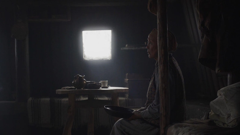 """Rosyjski film """"Król ptaków"""" (""""Car-ptica"""") otrzymał w czwartek, 26 kwietnia, główną nagrodę Międzynarodowego Festiwalu Filmowego w Moskwie - statuetkę Złotego Świętego Jerzego. To kino z Jakucji, mistyczno-realistyczna opowieść o parze starych ludzi, których nawiedza orzeł."""