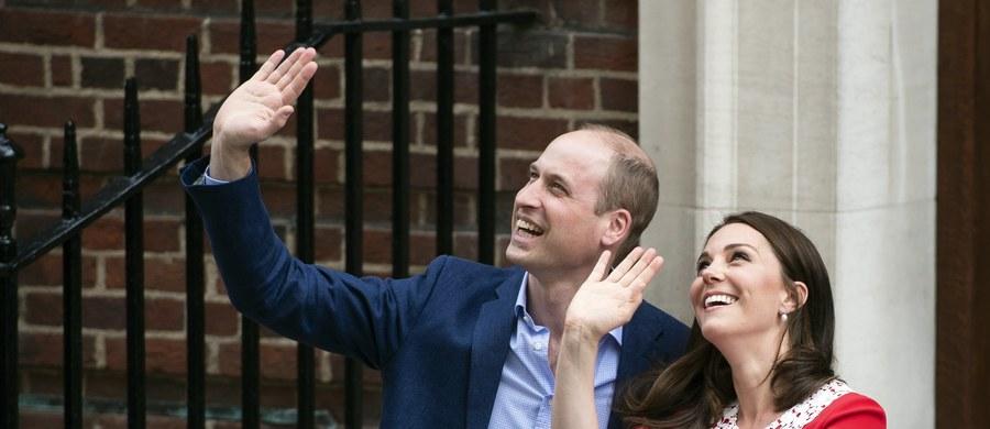 Po czterech dniach od urodzenia rodzice maleńkiego brytyjskiego księcia wybrali dla niego imiona. Trzecie dziecko Williama i Kate będzie się nazywać Louis Arthur Charles.