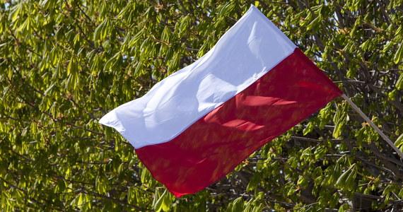 Młodzi siatkarze z mistrzynią Europy na czele - Dominiką Leśniewicz - wezmą udział w naszej sztafecie 2 maja! Dołączą do niej w Warszawie, która stanowi jeden z przystanków naszej akcji: w ramach świętowania Dnia Flagi Rzeczpospolitej Polskiej z RMF FM przemierzymy Polskę z południa na północ.