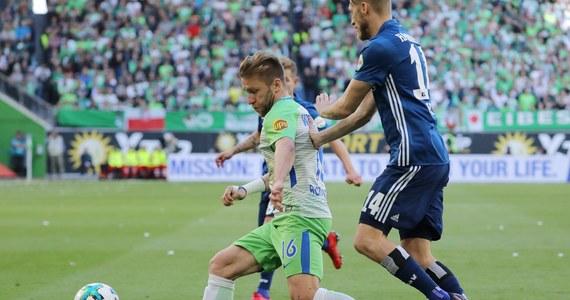Jakub Błaszczykowski rozegrał 75 minut w barwach VfL Wolfsburg w meczu z Hamburgerem SV (1:3) w 32. kolejce. Był to jego pierwszy występ w Bundeslidze od 5 listopada. Robert Lewandowski był rezerwowym Bayernu Monachium, który pokonał Eintracht Frankfurt 4:1.