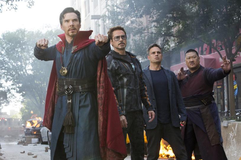 """Na planie filmu """"Avengers: Wojna bez granic"""" spotkali się zdecydowana większość superbohaterów z uniwersum Marvela."""