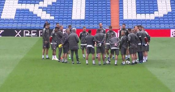 """""""Mimo że przegraliśmy w pierwszym meczu, widziałem w moim zespole wiele pozytywów. Ale widziałem oczywiście również rzeczy, które musimy wyeliminować, które musimy zmienić - i oczywiście spróbujemy to zrobić"""" - mówił trener Bayernu Monachium Jupp Heynckes na konferencji prasowej przed rewanżowym spotkaniem jego zespołu z Realem Madryt w półfinale Ligi Mistrzów. W pierwszym, rozegranym na własnym terenie spotkaniu ekipa z Monachium musiała uznać wyższość """"Królewskich"""", którzy zwyciężyli 2:1."""