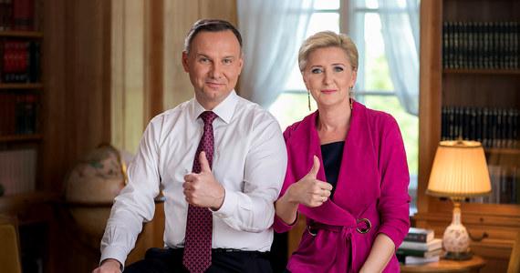 W pierwszym dniu tegorocznych egzaminów maturalnych najważniejsi politycy w Polsce opublikowali życzenia dla zdających. O maturzystach pamiętali m.in. prezydent, premier, a także marszałkowie Sejmu i Senatu.