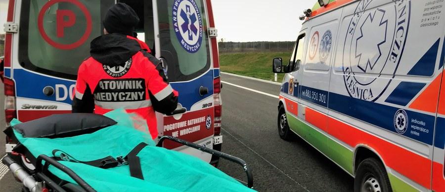 Od 27 kwietnia do 6 maja doszło do 850 wypadków, w których zginęły 72 osoby, a 1 081 osób zostało rannych. Zatrzymano 3 582 kierowców prowadzących pod wpływem alkoholu - poinformowała Komenda Główna Policji.