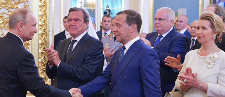 Prezydent Rosji Władimir Putin zaproponował kandydaturę dotychczasowego szefa rządu Dmitrija Miedwiediewa na premiera. Zrobił to po zaprzysiężeniu na kolejną kadencję. Teraz kandydaturę powinna zatwierdzić niższa izba parlamentu - Duma Państwowa.