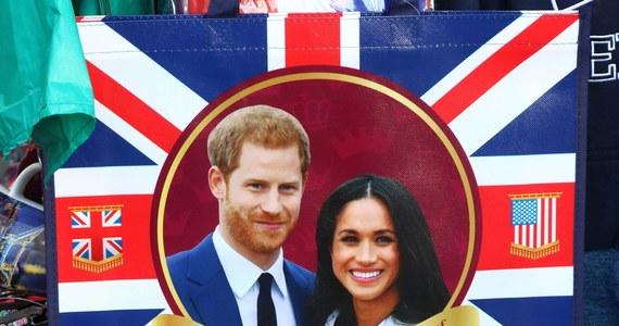Do ślubu księcia Harry'ego i amerykańskiej aktorki Meghan Markle zostały niecałe dwa tygodnie. Brytyjskie media publikują listę zaleceń, jak należy zachować się w obecności królowej.