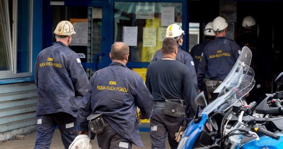 Urazy wielonarządowe były przyczyną śmierci dwóch górników, wydobytych przez ratowników po sobotnim wstrząsie w kopalni Zofiówka - wynika ze wstępnych informacji po przeprowadzonej sekcji zwłok.
