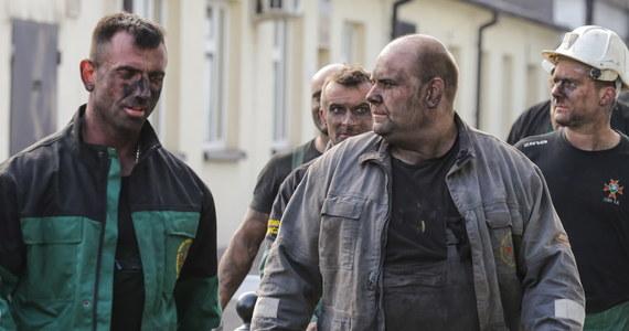 Do akcji ratowniczej w kopalni Zofiówka włączają się nurkowie. W środę rano zarząd Jastrzębskiej Spółki Węglowej przedstawił plan działań na najbliższe godziny.