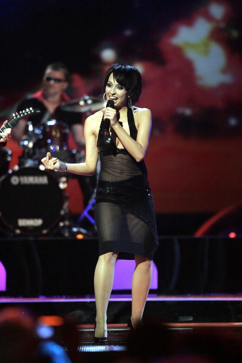 W trakcie drugiego półfinału Eurowizji (10 maja), w humorystycznym podsumowaniu historii konkursu, przypomniano występ zespołu Blue Cafe z 2004 roku.