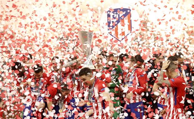 Atletico Madryt wygrało 3:0 z Olympique Marsylia w finale Ligi Europy. Dwa gole dla Hiszpańskiego zespołu strzelił Antoine Griezmann. Trzecią bramkę zdobył Gabi. Wkrótce więcej informacji.
