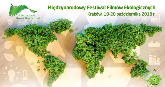 W październiku w Krakowie odbędzie się International Green Film Festival (IGFF). To międzynarodowy festiwal filmów o tematyce ekologicznej, to święto kina i ludzi, którym nie są obojętne losy naszej planety. Do udziału w wydarzeniu organizatorzy zapraszają uczniów krakowskich szkół podstawowych i gimnazjów. Dlatego - jeśli lubisz kręcić filmy i interesujesz się tematyką ekologiczną, do 20 czerwca zgłoś swoje pięciominutowe dzieło do konkursu.